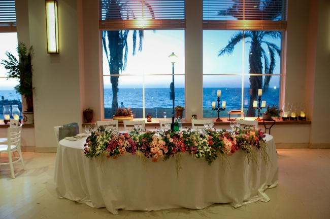 family table with flowers wedding design