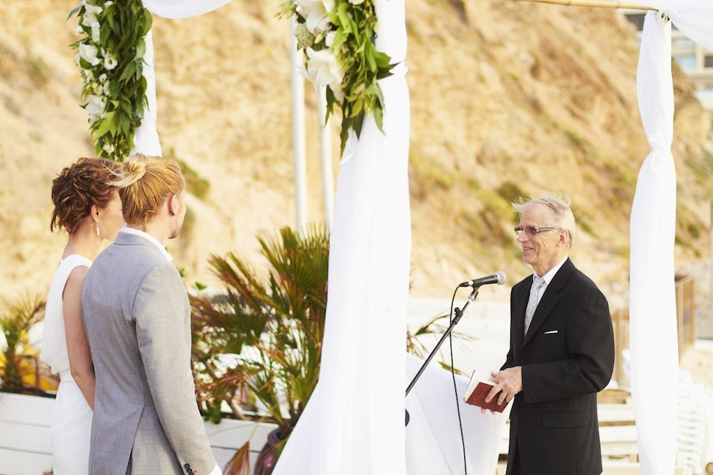sunny-beach-wedding-olla designs